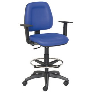 Chair with arm-, foot and backrest - Nylon base