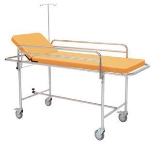 Trolley with detachable side rails and IV-pole - 195x75 cm
