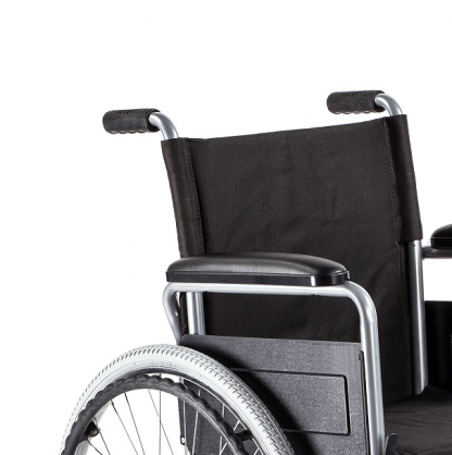 Foldable wheelchair with steel frame
