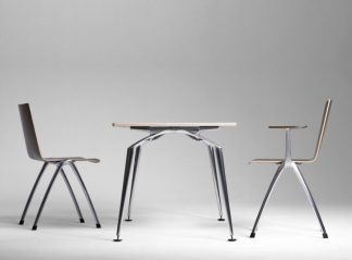 PLIO - Tables and chairs