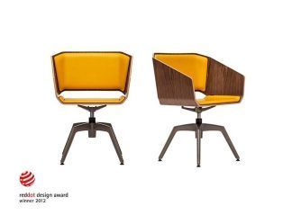 WOODI - Award winning design chair